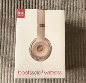 Beats Solo 3 Wireless Matte Gold Brand New Sealed