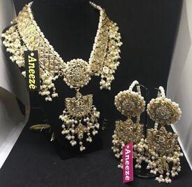 Pearl kundan head piece with matching earrings