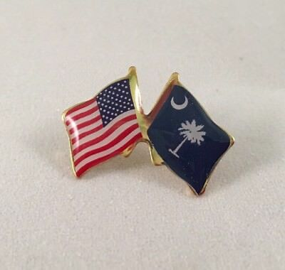 South Carolina Lapel Pin - USA and SOUTH CAROLINA Crossed Friendship Flag Lapel Pin **MADE IN USA**