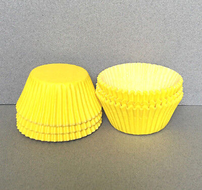 Yellow Cupcake Wrappers (Yellow Cupcake Liners, Yellow Cupcake Wrappers, Yellow Baking)