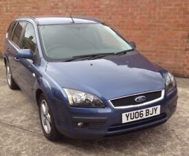 Ford Focus 1.6 Zetec Estate with full service history
