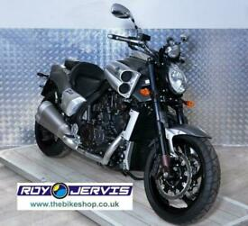 2016 (16) Yamaha V-MAX 1700 Grey - UK Delivery - ONLY 1100 Miles From New