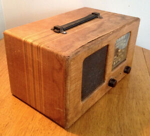 Antique Radio Tweed with ROGERS MAJESTIC Chassis 9M452 Stratford Kitchener Area image 2
