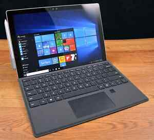 Surface Pro 4 (Keyboard included)