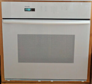 """Thermador 30"""" Built-In Wall Oven"""