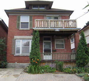 LARGE TWO BEDROOM AVAILABLE London Ontario image 1