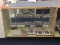 Display cabinet x2