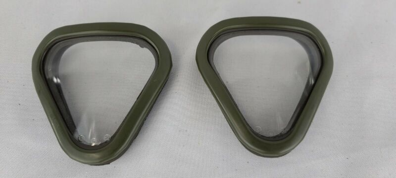 AUTHENTIC GERMAN M65 GAS MASK LENS OUTSERTS (CLEAR)