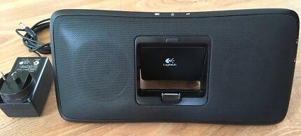 Logitech Rechargeable Speaker iPod iPhone Dock MP3 S315i