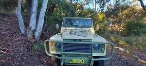 Land Rover Defender 110 Perentie