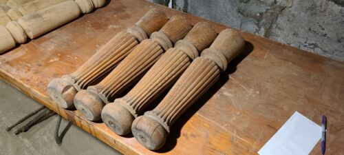 """Set of 4 Antique Solid Oak round turned Fluted Table legs THICK 23 1/2 x 5"""""""