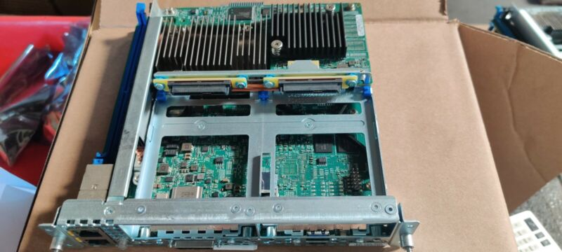 CISCO UCS E160S M3 - blade - Xeon D-1528 1.9 GHz - 16GB RAM no HDD