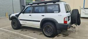 2001 Nissan Patrol St (4x4) 5 Sp Manual 4x4 4d Wagon