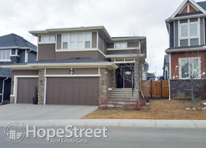 Triple Garage Aspen Estates Home Available 1 to 3 Years