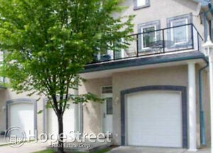 2 Bedroom Townhome in Signature Park