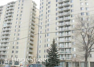 Furnished 1 Bd Condo for Rent in Downtown: Utilities Included