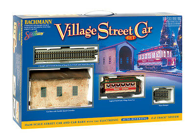 Bachmann On-30  Village Christmas Streetcar Train Set New NIB 25017