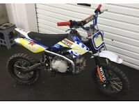 Pitbike 125cc STOMP/THUMPSTAR