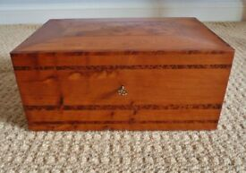 Handmade Solid Wood Wooden Lockable Jewellery Box Jewelery Storage Holder with Compartments
