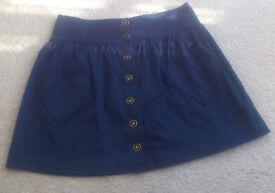 Retro-style short skirt (heart-themed, Topshop, size 10)