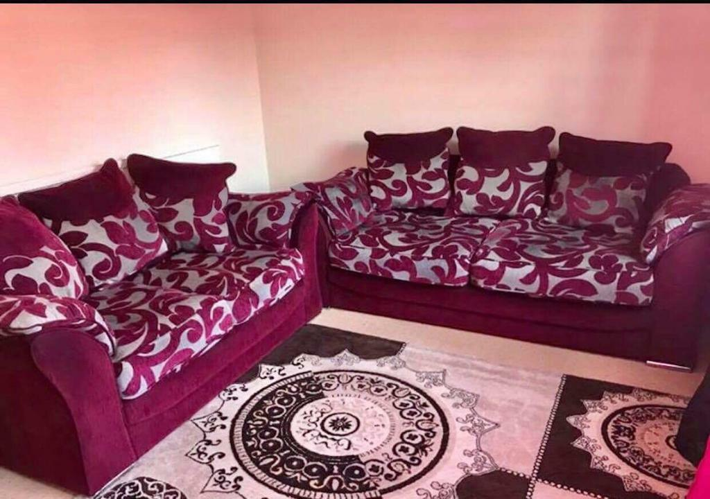 3 + 2 sofa | in Sheffield, South Yorkshire | Gumtree