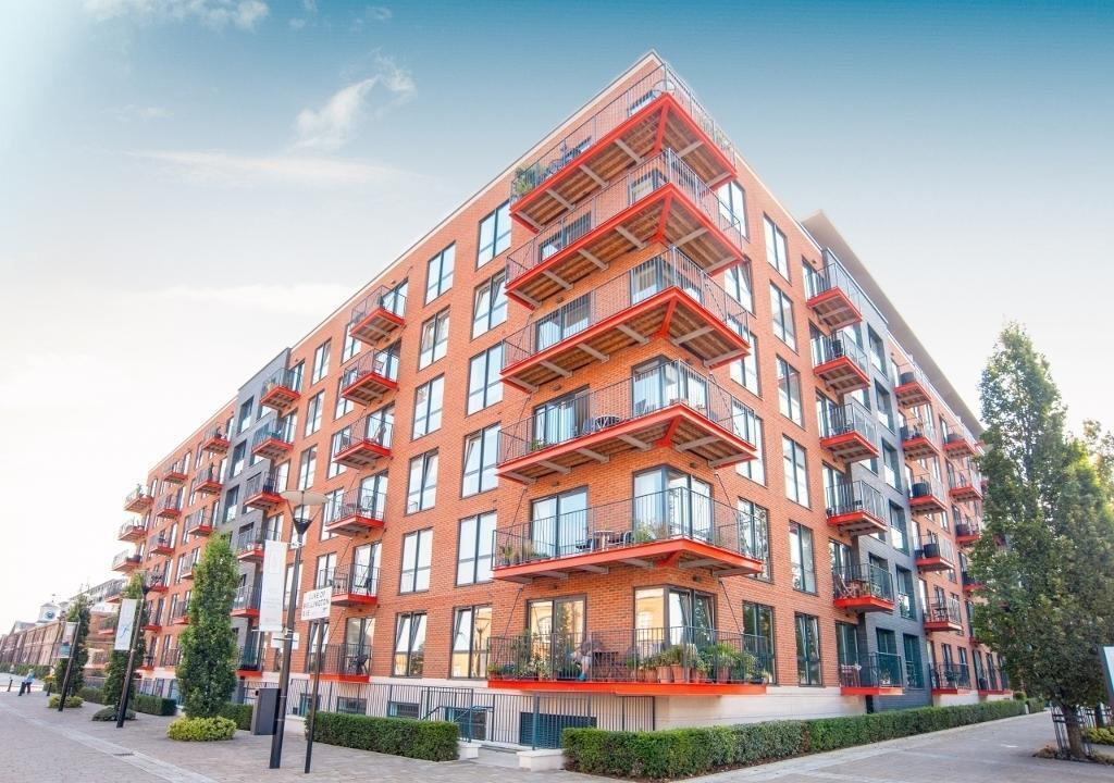 1 bedroom flat in Royal Arsenal Riverside, Warehouse Court, Woolwich SE18