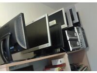 COMPUTER MONITOR CLEARANCE FROM £5. HP DELL SAMSUNG HANOII PROVIEW AND BELNEA. IN GOOD WORKING ORDER