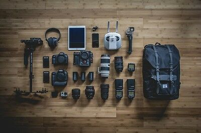 Daily Essentials eines Fotografen (Photo: Jeff Hopper via unsplash.com)