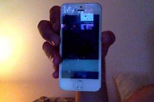 Iphone 5s Gold swap for Space Grey - 16gb Warnbro Rockingham Area Preview