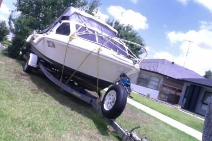 Half Cabin Caribbean 5.2 m Boat with new Honda 100HP Motor