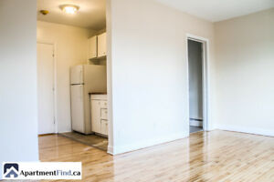 BEAUTIFUL BACHELOR WITH ALL UTILITIES INCLUDED + FREE PARKING!