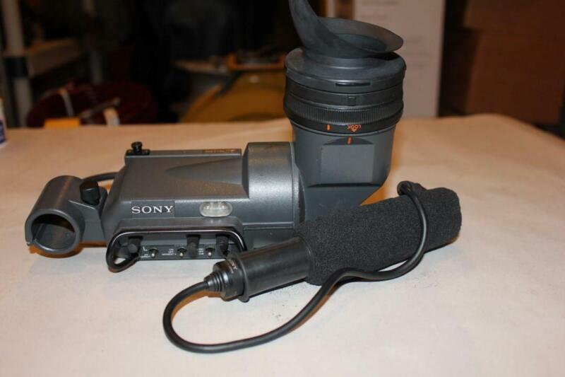 Sony HDVF-20 OLED 0.7-inch Viewfinder w/ 1-542-296 Microphone ^
