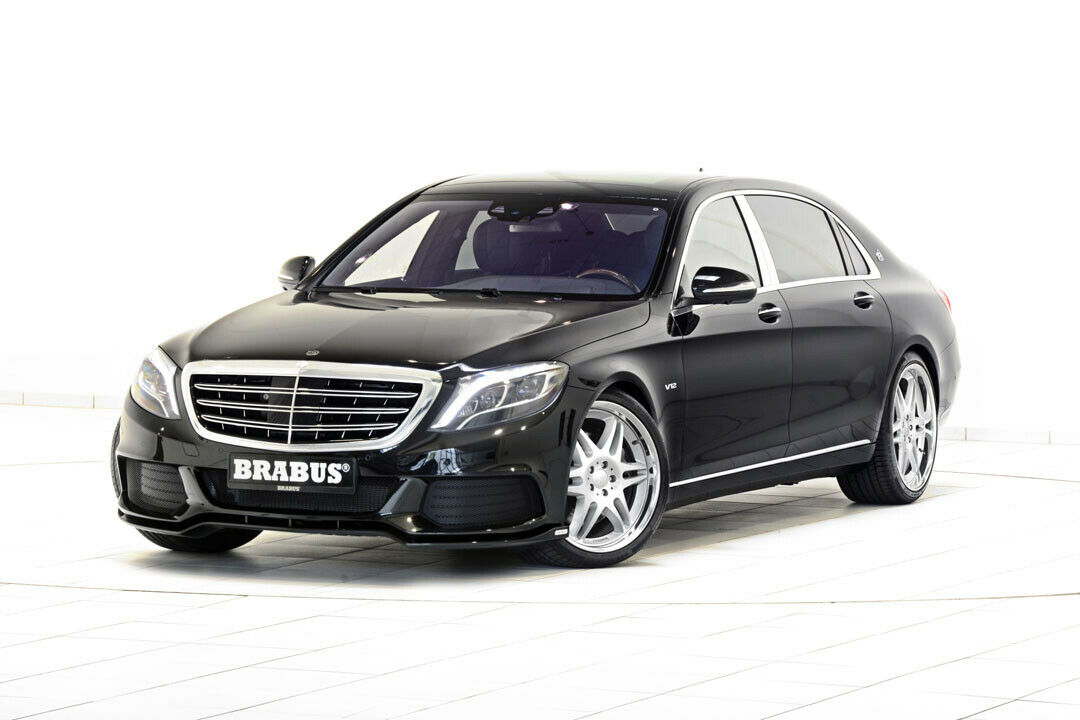 Watch the Brabus Rocket 900 sprint flat out for 3 kilometers
