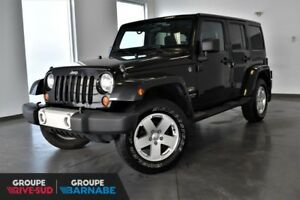 JEEP WRANGLER UNLIMITED SAHARA 4X4 + 2 TOITS + ENS.REMORQUAGE +