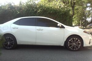 """2016 Toyota Corolla """"S"""" with Technology Package Sedan"""