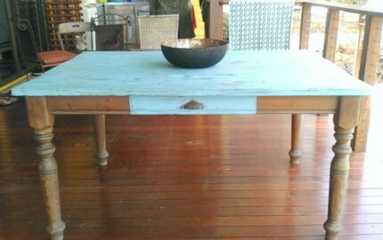 Rustic Style Country Table