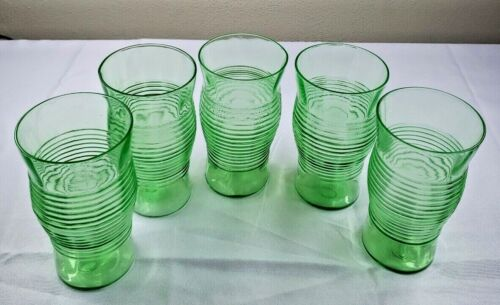 Vintage green Depression Glass Tumblers, Set Of 5 Ribbed center Great condition