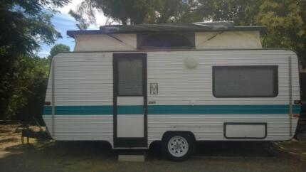 Caravan - Evernew Pop-Top Caravan Bendigo Surrounds Preview