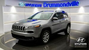 JEEP CHEROKEE 2014 NORTH + CAMÉRA + HITCH + CRUISE + A/C + WOW !