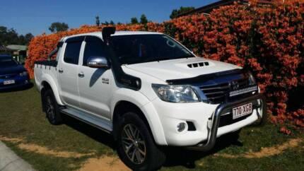 Toyota  hilux Sr5 2012