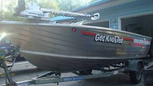STACER TRUCK; 40Hp 2 Stroke Mercury Outboard + Exceptional Extras Rainbow Beach Gympie Area Preview