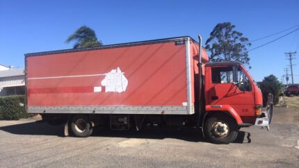 For sale: Mitsubishi canter pantec truck