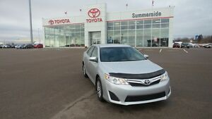 2014 Toyota Camry LE $68.45 WEEKLY O.A.C.! DRIVE IN COMFORT!