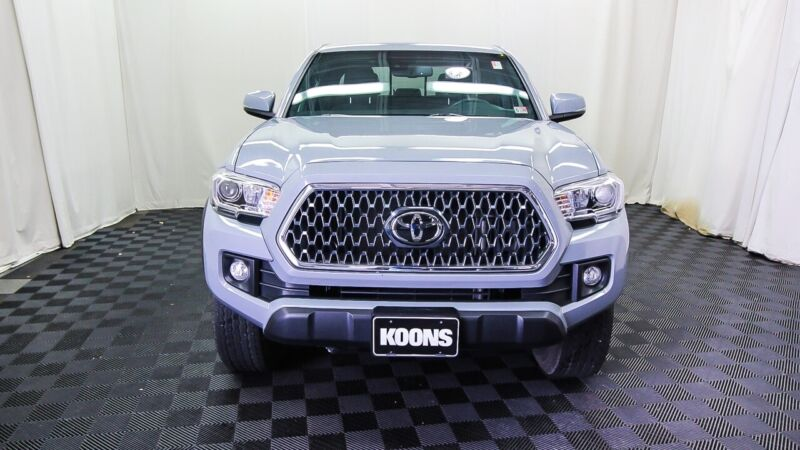 Image 4 Voiture Asiatique d'occasion Toyota Tacoma 2019