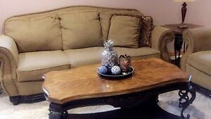 COFFEE TABLE & 2 SIDE TABLES ONLY !! $300 O.B.O !!