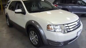 2008 Ford Taurus X fully loaded!