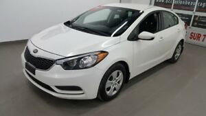 2015 Kia Forte LX, air conditionné, bluetooth, vitres élec NO DA