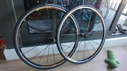 Mavic Ksyrium Equipe Bicycle Wheelset and Dura ace cassette
