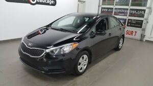 2016 Kia Forte LX, bluetooth, sièges chauffants NO DAMAGE REPORT