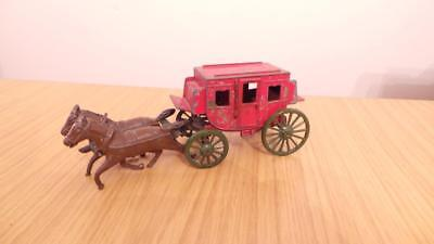 Bb96: Crescent Lead Stage Coach & Horses